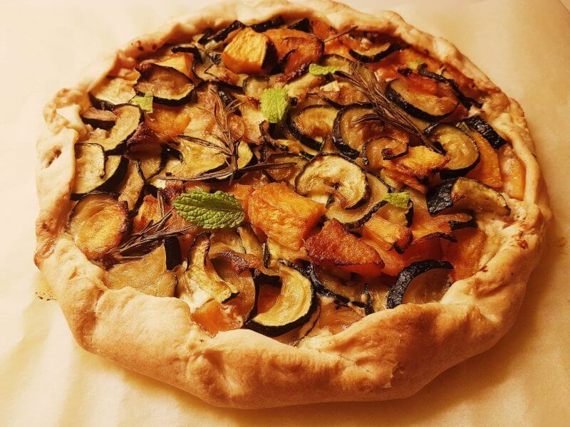 Vegetable and ricotta pie